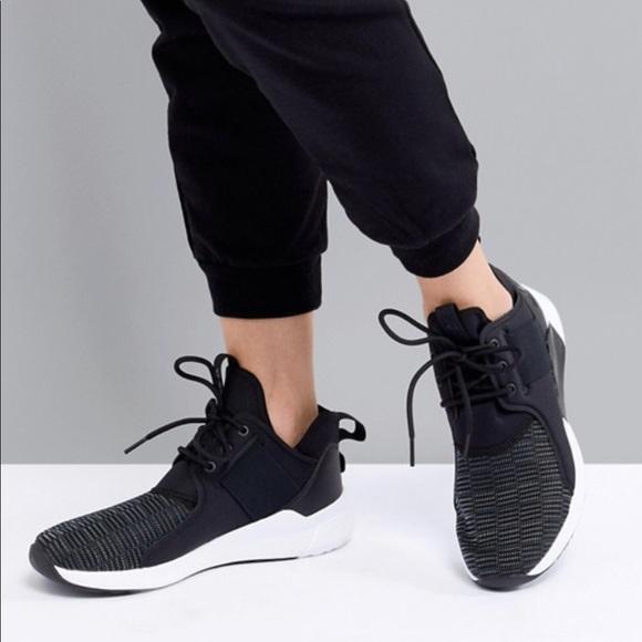 Nike Shoes   Reebok Guresu Sneakers